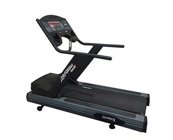 Life Fitness 9500HR Treadmill Next Generation