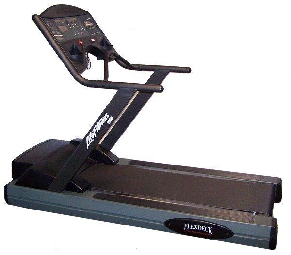 Life Fitness 9100 Treadmill
