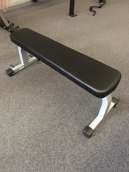 Genesis Commercial Flat Bench