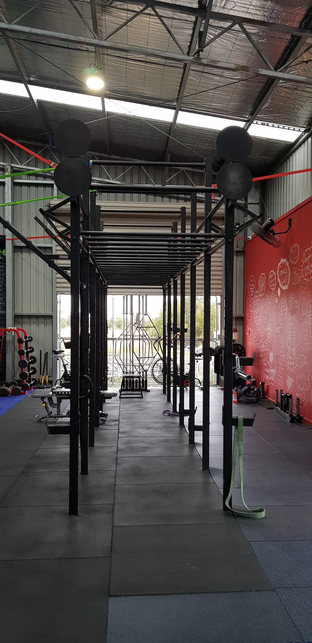 6 Squat Rack Crossfit Rig Grays Fitness
