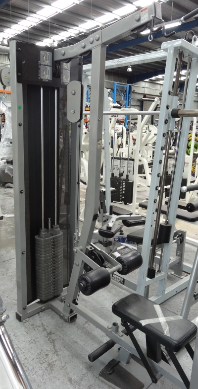 Life-Fitness-Fit-Series-Lat-Row-Pull-Down