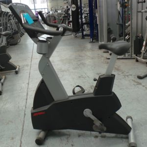 Life Fitness CLSC Upright Bike